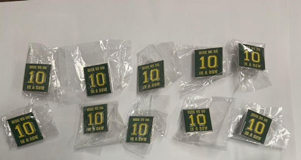 "Celtic FC Badges - ""Here We Go 10 In A Row"""